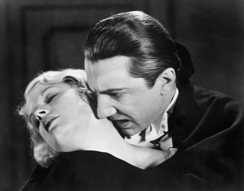 Bela Lugosi biting girl