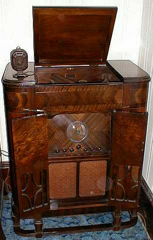 Antique radio and record player